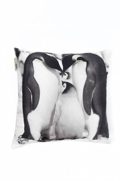 "Barfota, pute ""penguins""  50X50 cm"